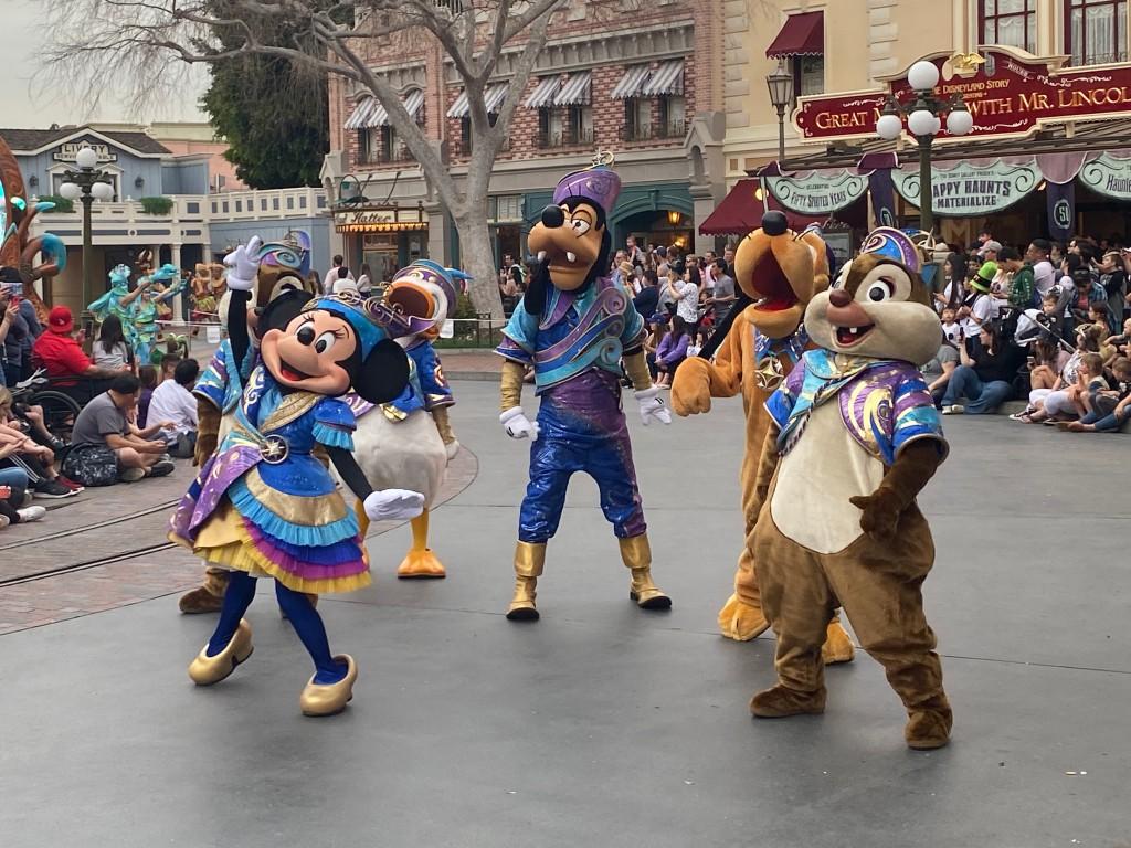 MagicHappens-Mickey-006
