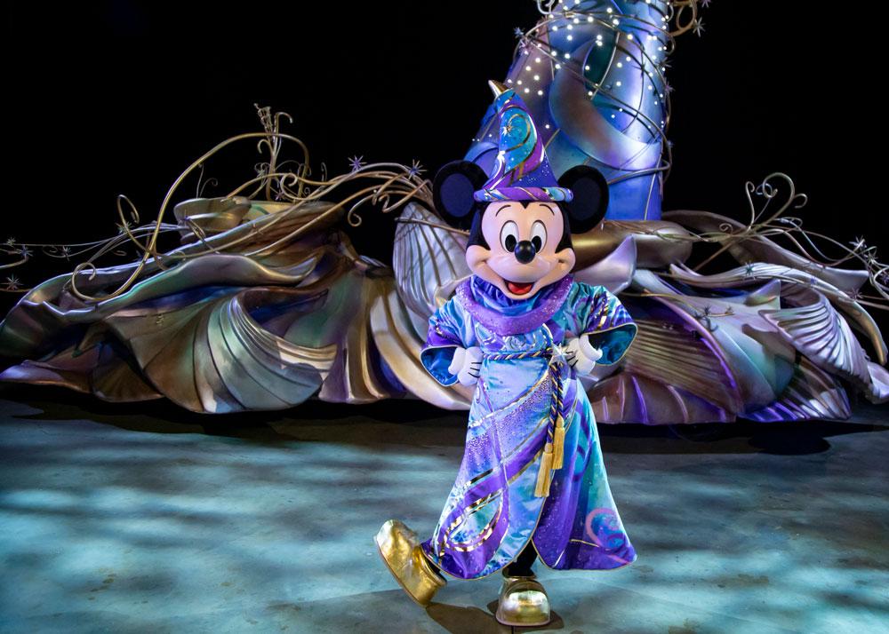 MagicHappens-Mickey-02