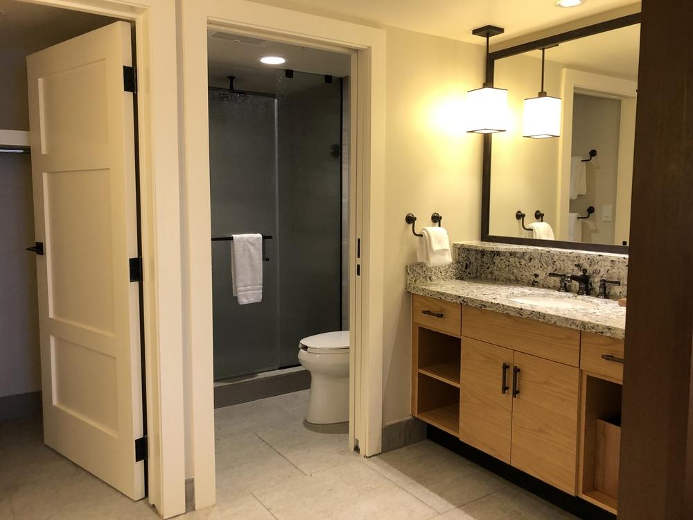 Wilderness Lodge Copper Creek 2 Bedroom Bathroom 1