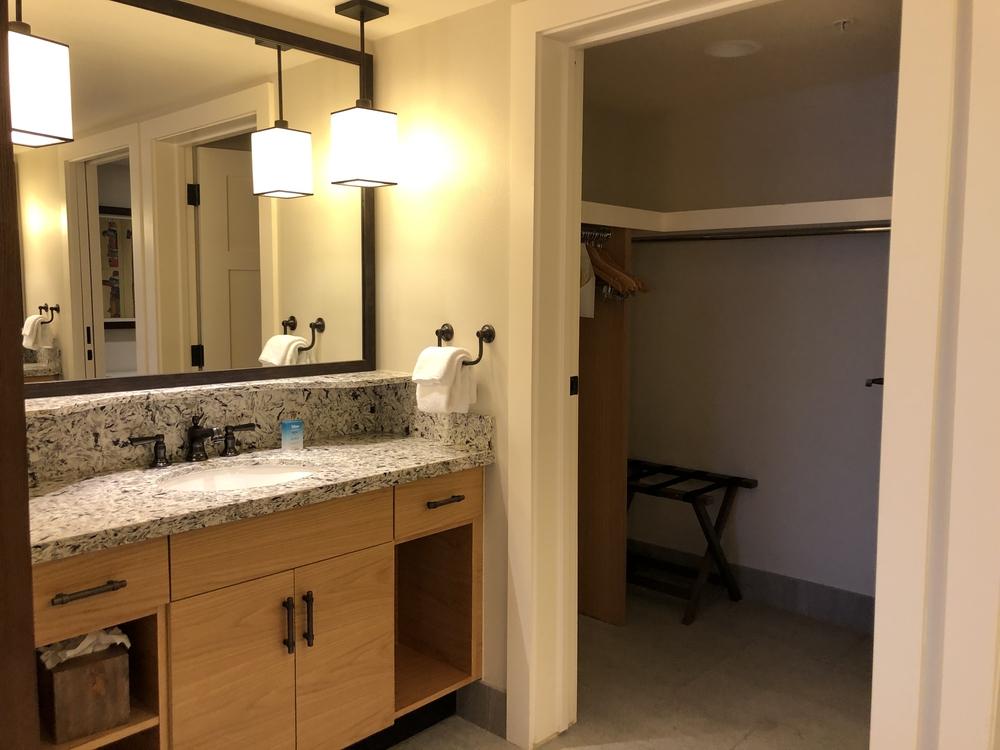 Wilderness Lodge Copper Creek 2 Bedroom Bathroom 2