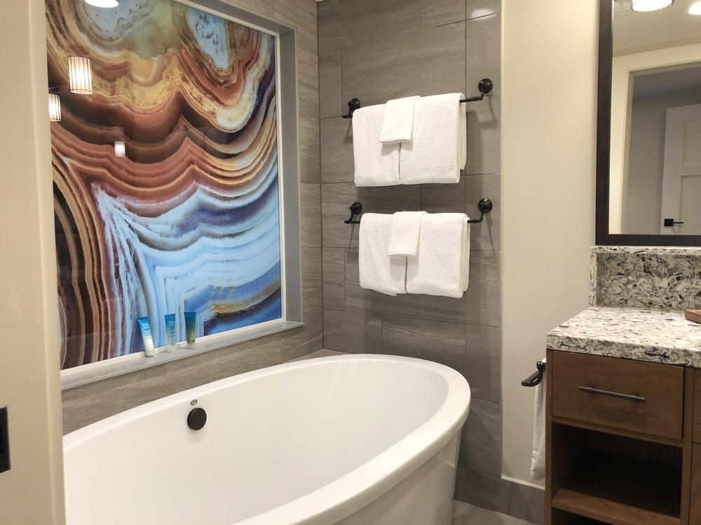 Wilderness Lodge Copper Creek 2 Bedroom Masetr Bath Tub