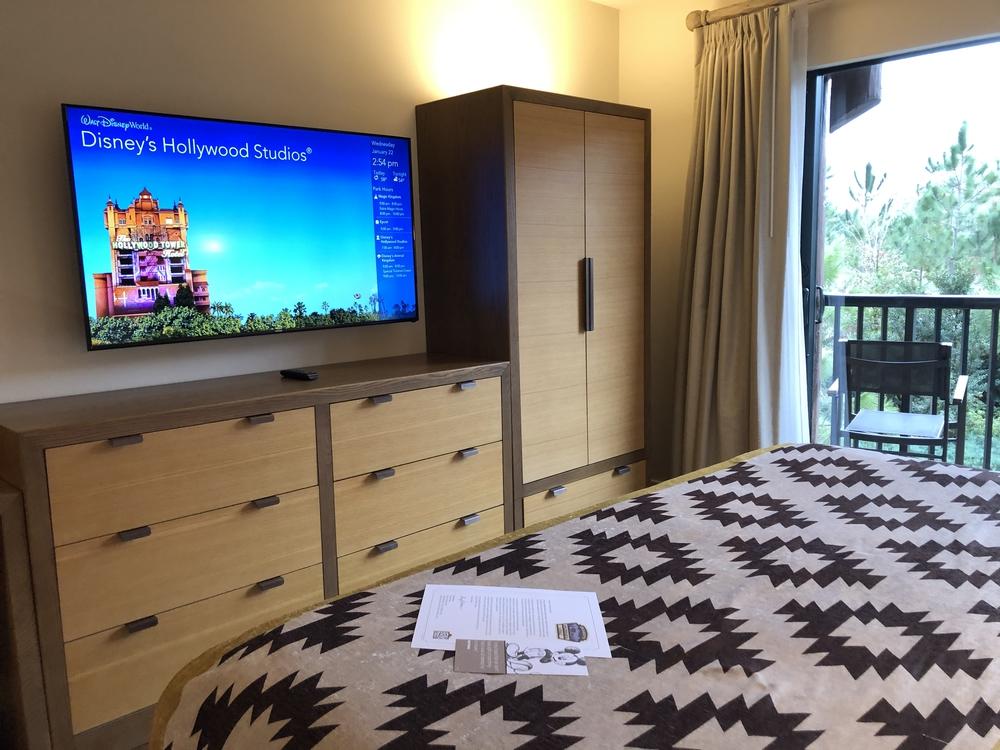 Wilderness Lodge Copper Creek 2 Bedroom Master TV Dressers