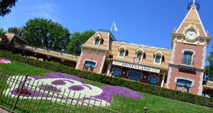 Disneyland Annual Passport Program Halted