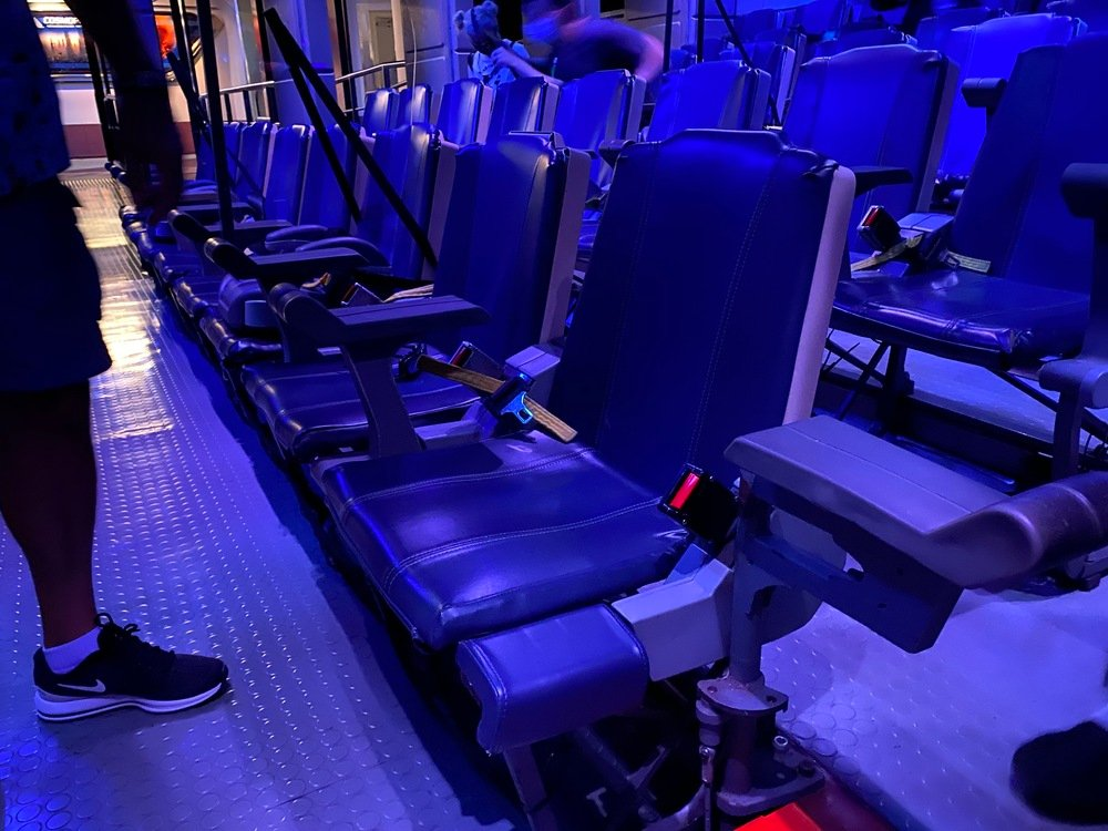 Star Tours transfer-ready seat